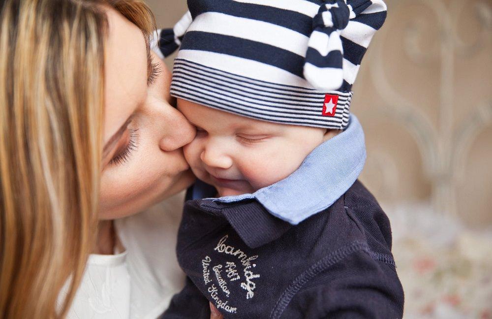 Was Gehört Zur Baby Erstausstattung Stillen Wickeln